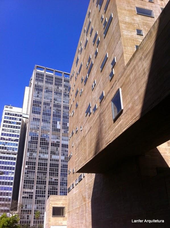 Praça das Artes - Brasil Arquitetura e Marcos Cartum